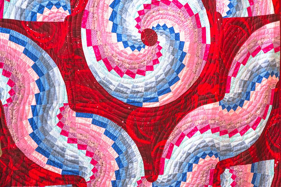 С мира по лоскуту — мастеру одеяло