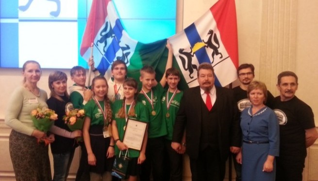 Школьников ОбьГЭСа пригласили на губернаторский прием