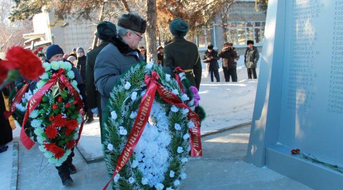 В Советском районе открыли стелу, посвященную ликвидаторам аварии на Чернобльской АЭС