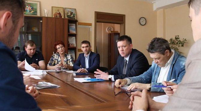Дальнейшее развитие Планового поселка обсудили в администрации
