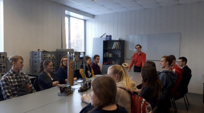 Ученики Энергокласса РусГидро познакомились с факультетом энергетики НГТУ