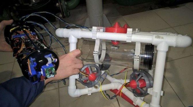 Юные инженеры Академгородка отправили робота под воду